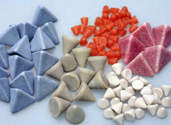 Vibra Finish Ltd Plastic Media Yellow Triangles 2X2 1/4